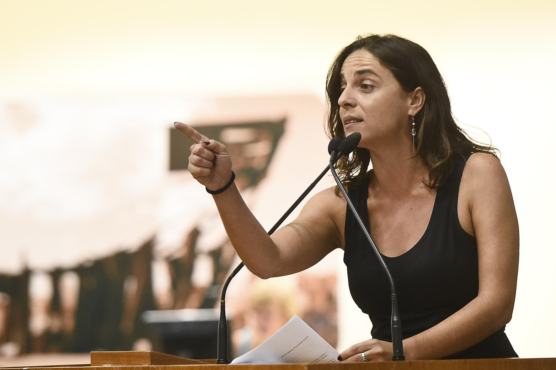 """""""Não daremos cheque em branco para Marchezan"""", afirma Fernanda Melchionna"""
