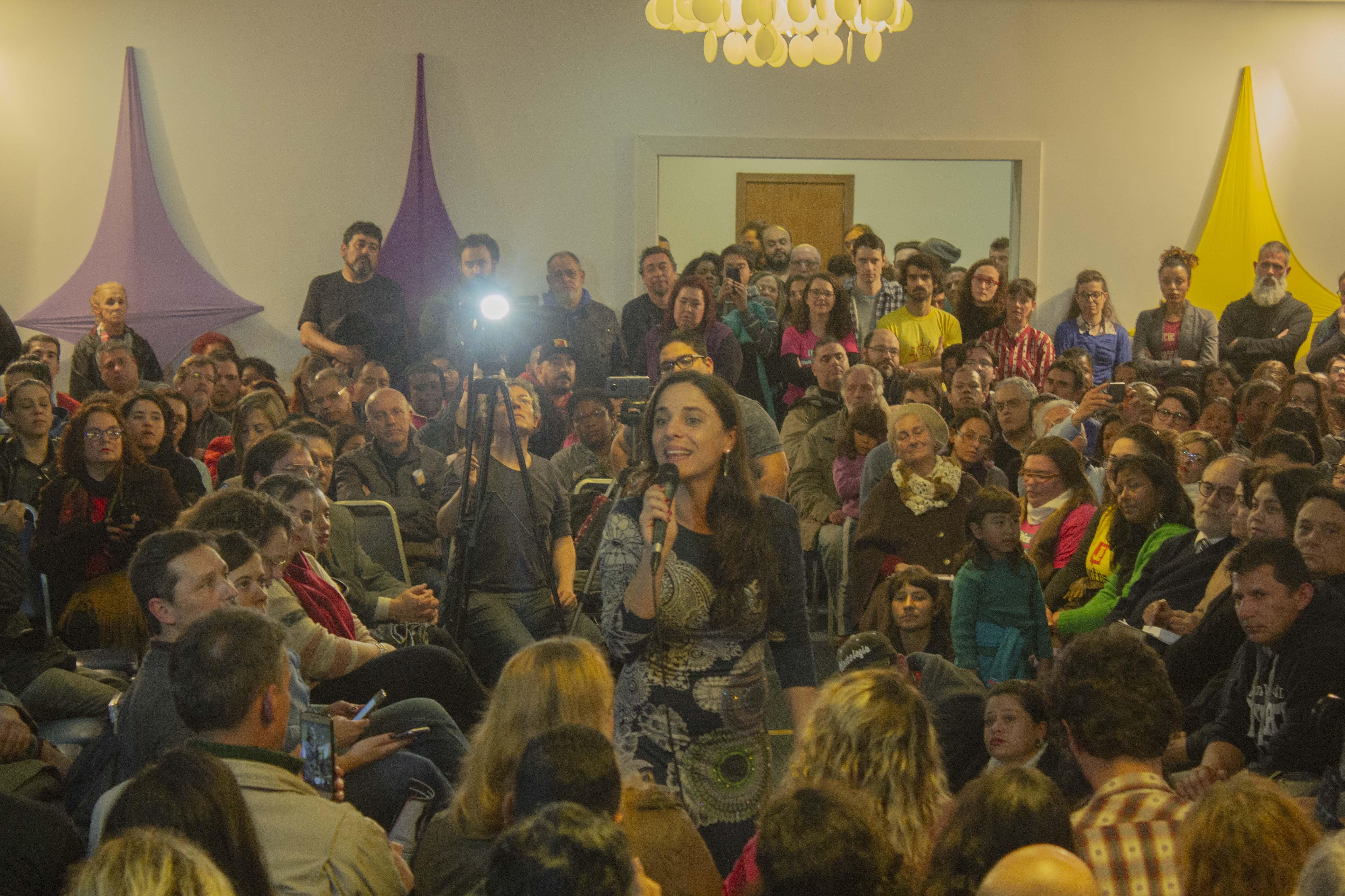 Em evento lotado, Fernanda Melchionna lança pré-candidatura a deputada federal