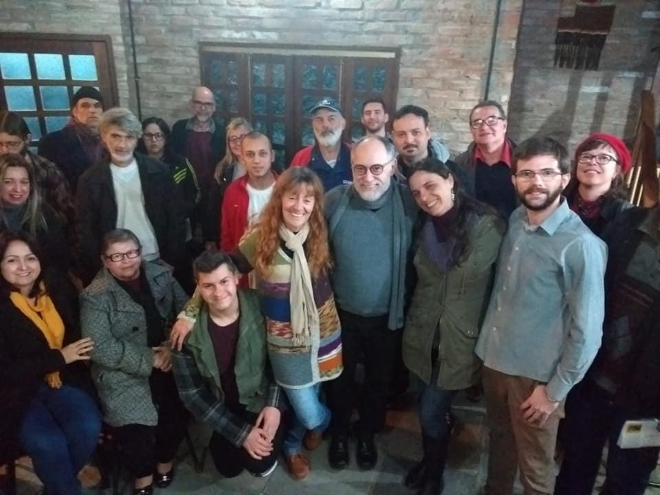 """""""Guaíba não pode ficar à sombra de uma fábrica"""", dizem militantes do PSOL e ativistas"""