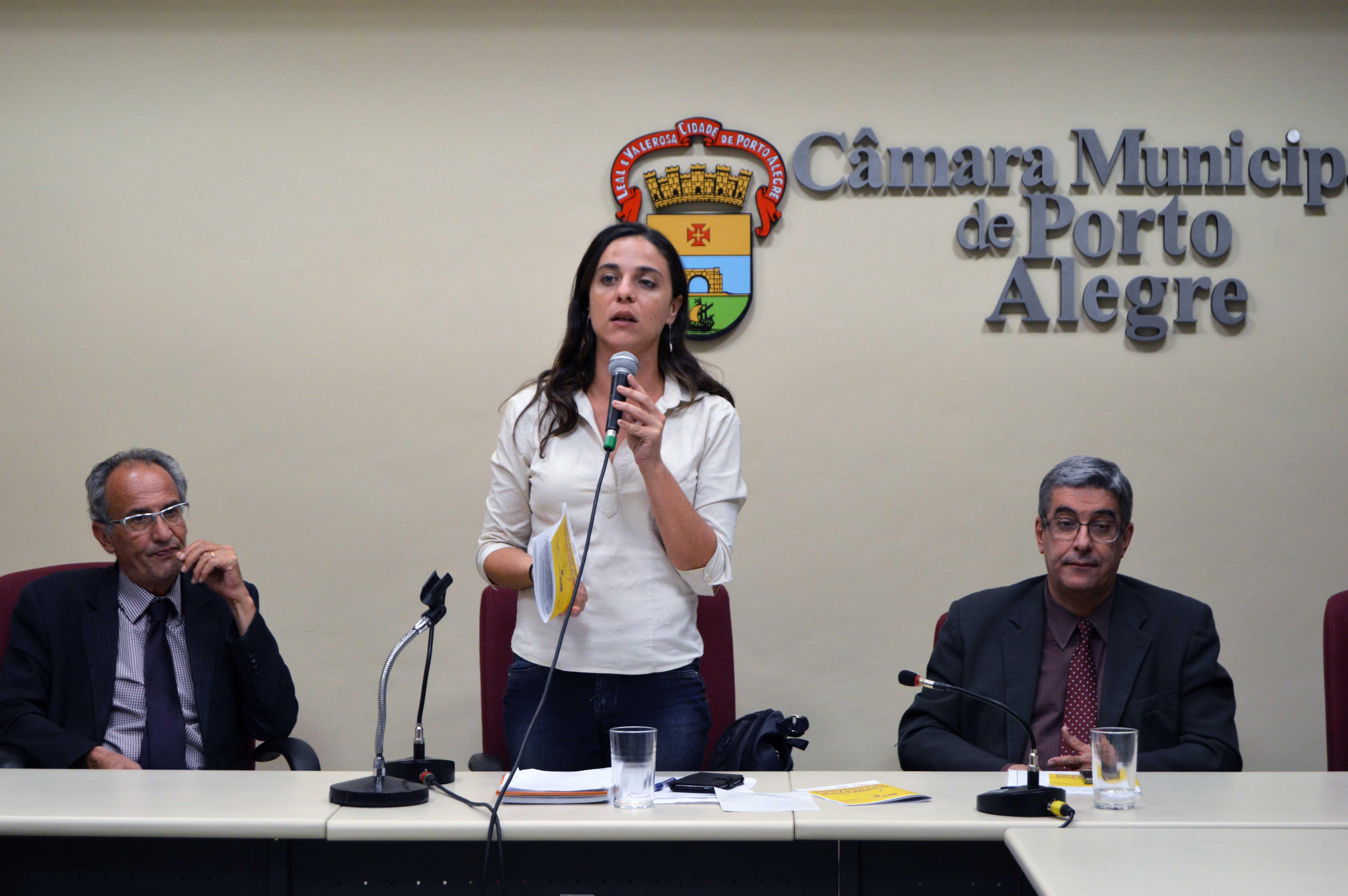 Vereadora Fernanda Melchionna solicita reunião ao TCE/RS diante da gravidade das ameaças da Prefeitura ao funcionalismo na capital