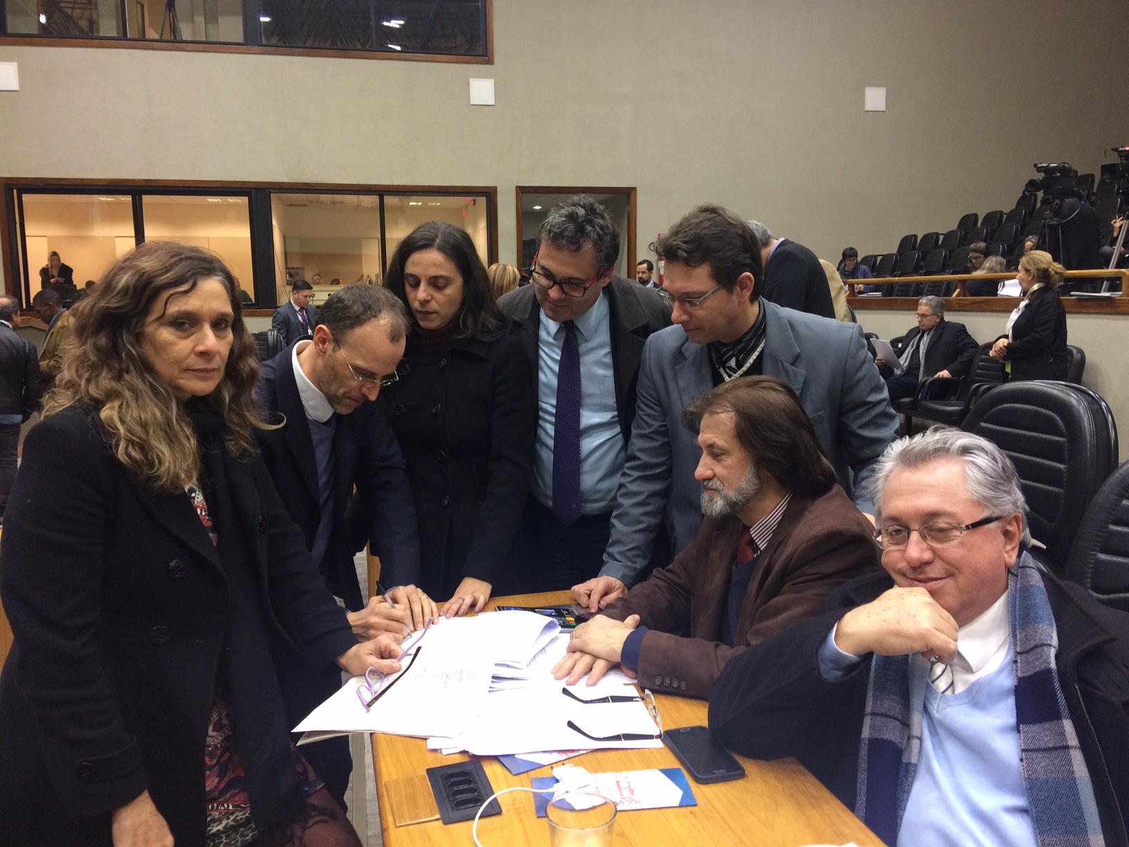 Vereadora Fernanda Melchionna propõe CPI para investigação de irregularidades na FASC