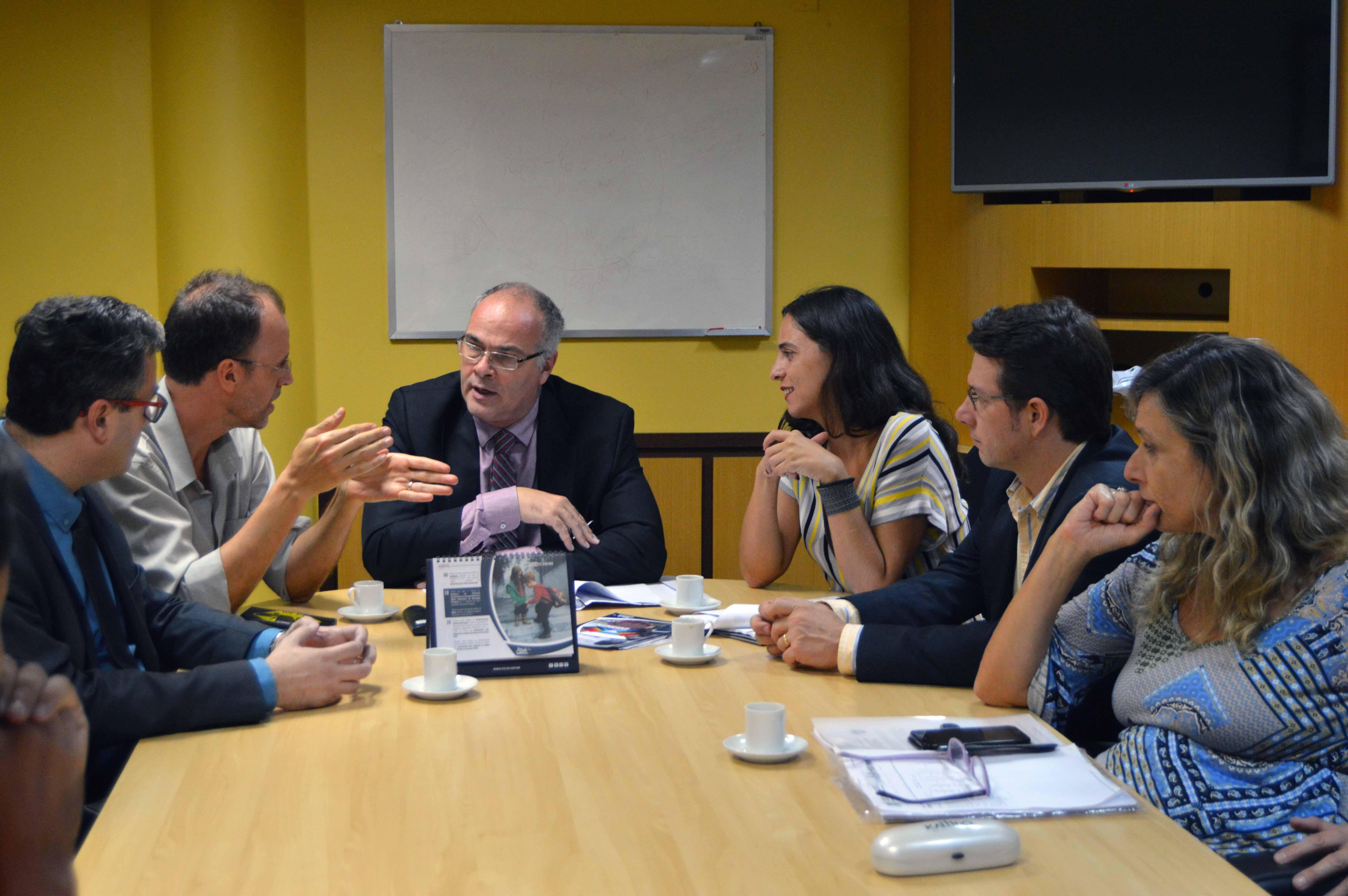 Vereadores da Oposição são recebidos pelo TCE para tratar sobre o cálculo da tarifa do transporte público da capital