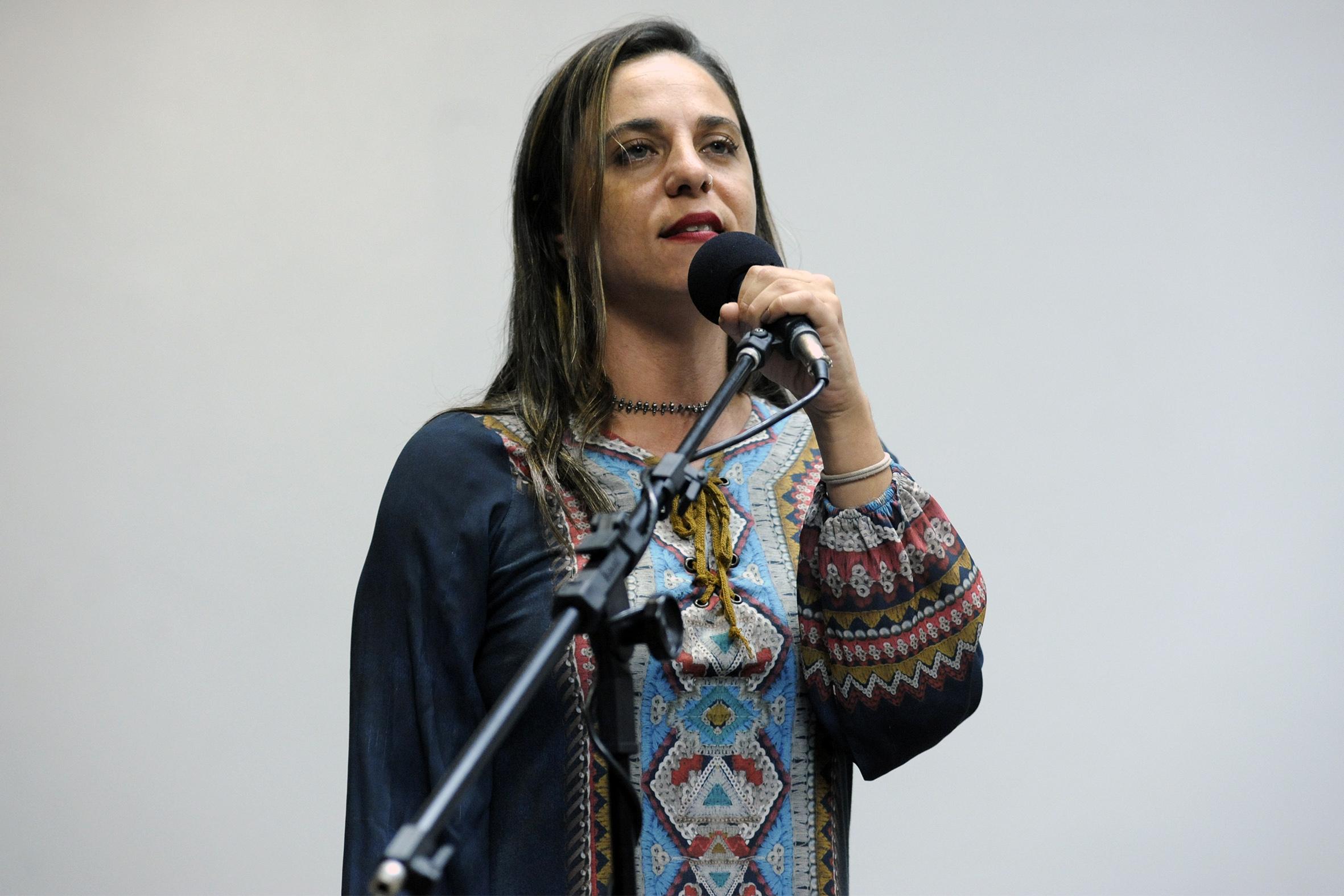 Deputada Fernanda Melchionna (PSOL/RS) participa em Santa Maria de atividades sobre Reforma da Previdência, Estado e Democracia