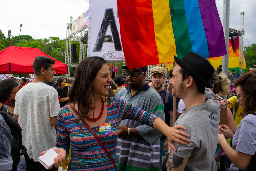 Orgulho e resistência LGBT para derrotar Bolsonaro