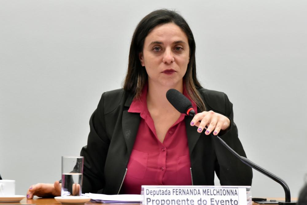 """""""Bolsonaro tem que acatar decisão do Consuni da UFFS e destituir Marcelo Recktenvald"""", diz Deputada Fernanda"""