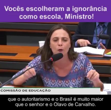 """""""Vocês escolheram a ignorância como escola, Ministro"""""""