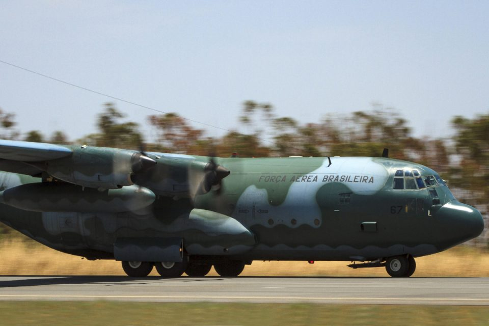 Força Aérea Brasileira nega ajuda para fiscalização da Amazônia