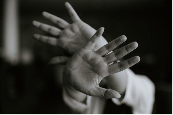 Medidas para abrigar mulheres em situação de violência