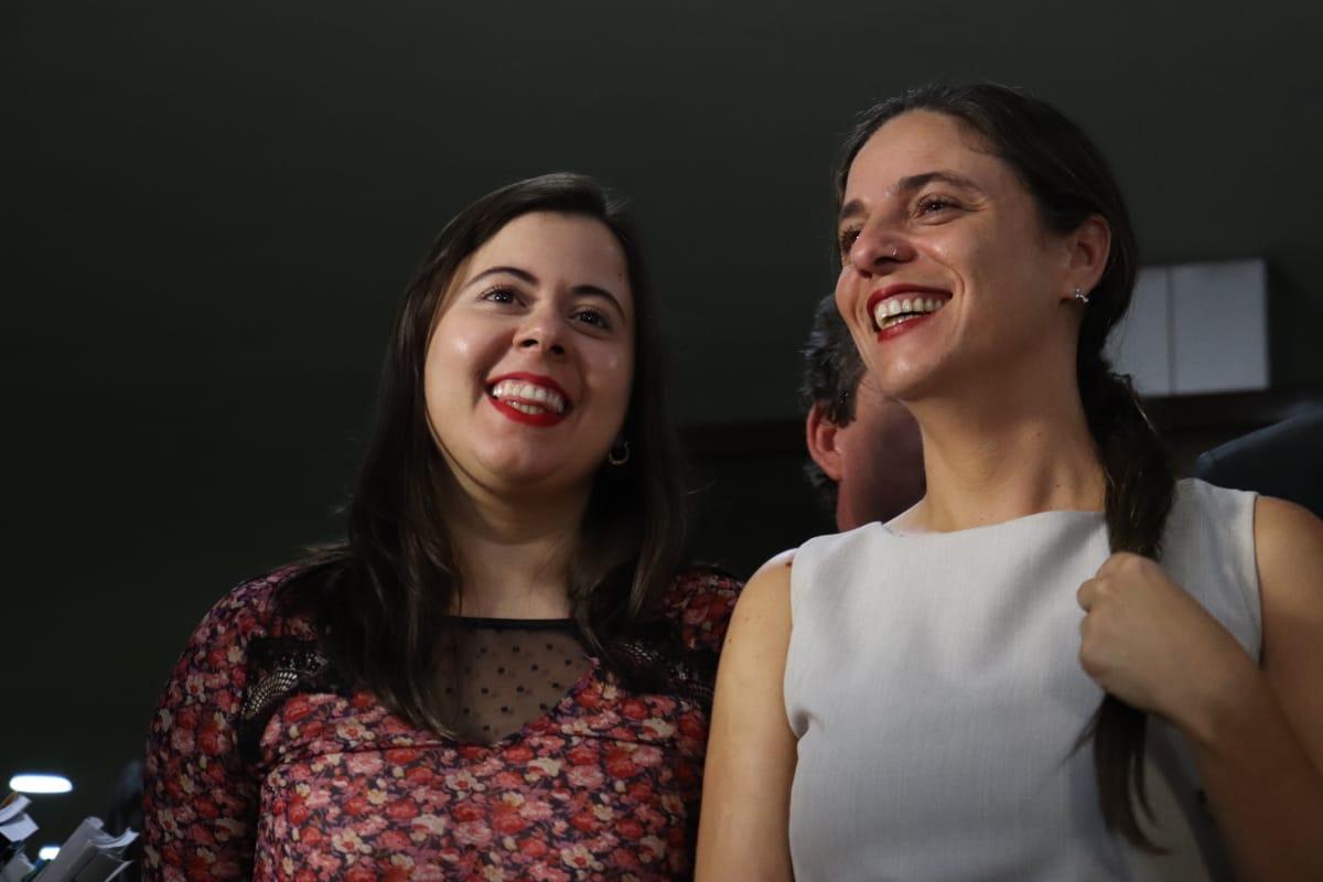 """""""Tenho certeza que lutamos pelo bom, pelo justo e pelo necessário"""" diz Fernanda ao deixar a Liderança do PSOL na Câmara dos Deputados"""