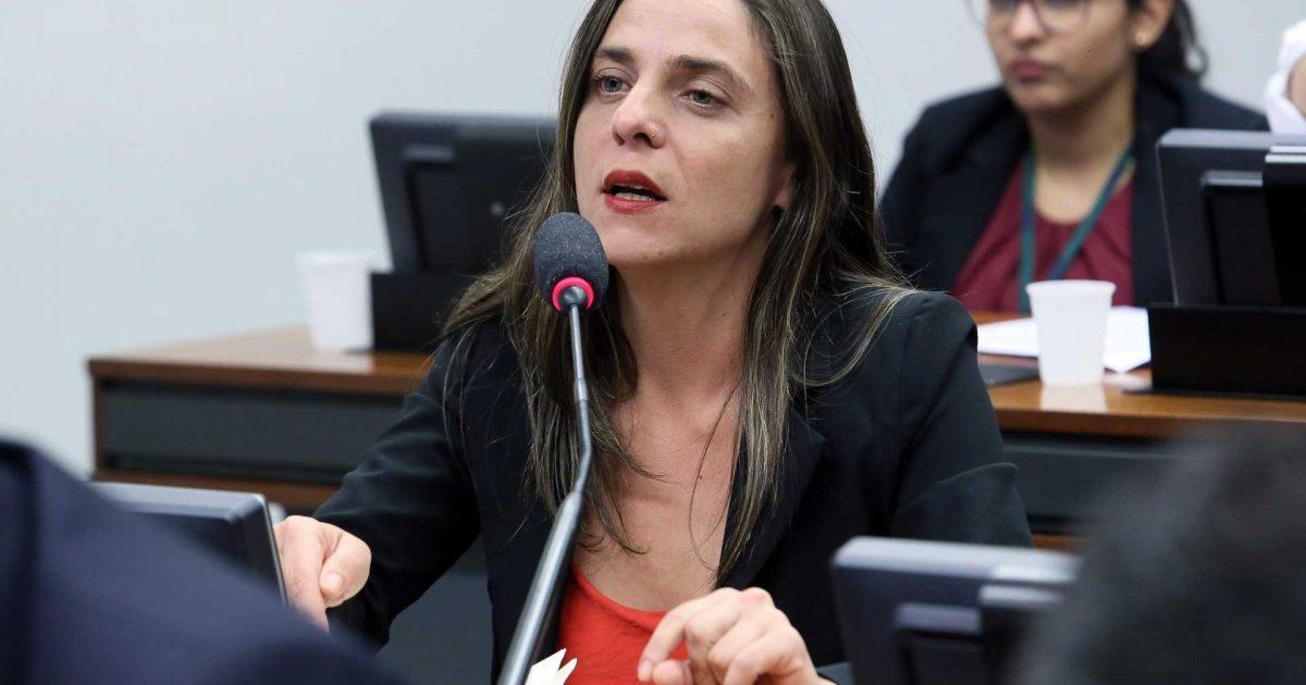 Deputados do PSOL convocam presidente da ANVISA para dar explicações
