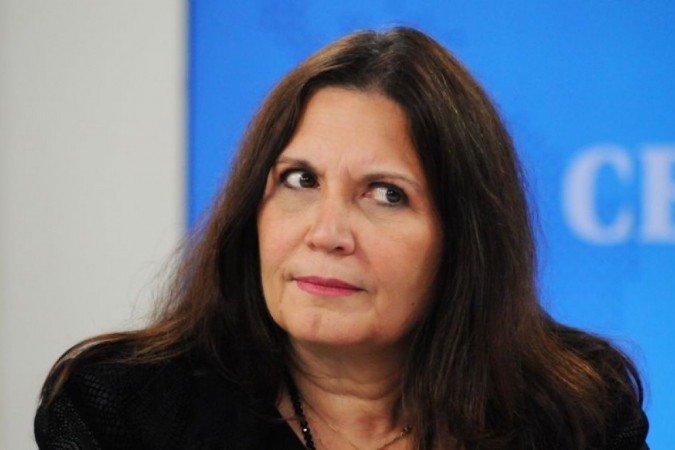 Fernanda entra com recurso após Bia Kicis mandar apagar palavra 'genocida' dos registros de sessão da CCJ