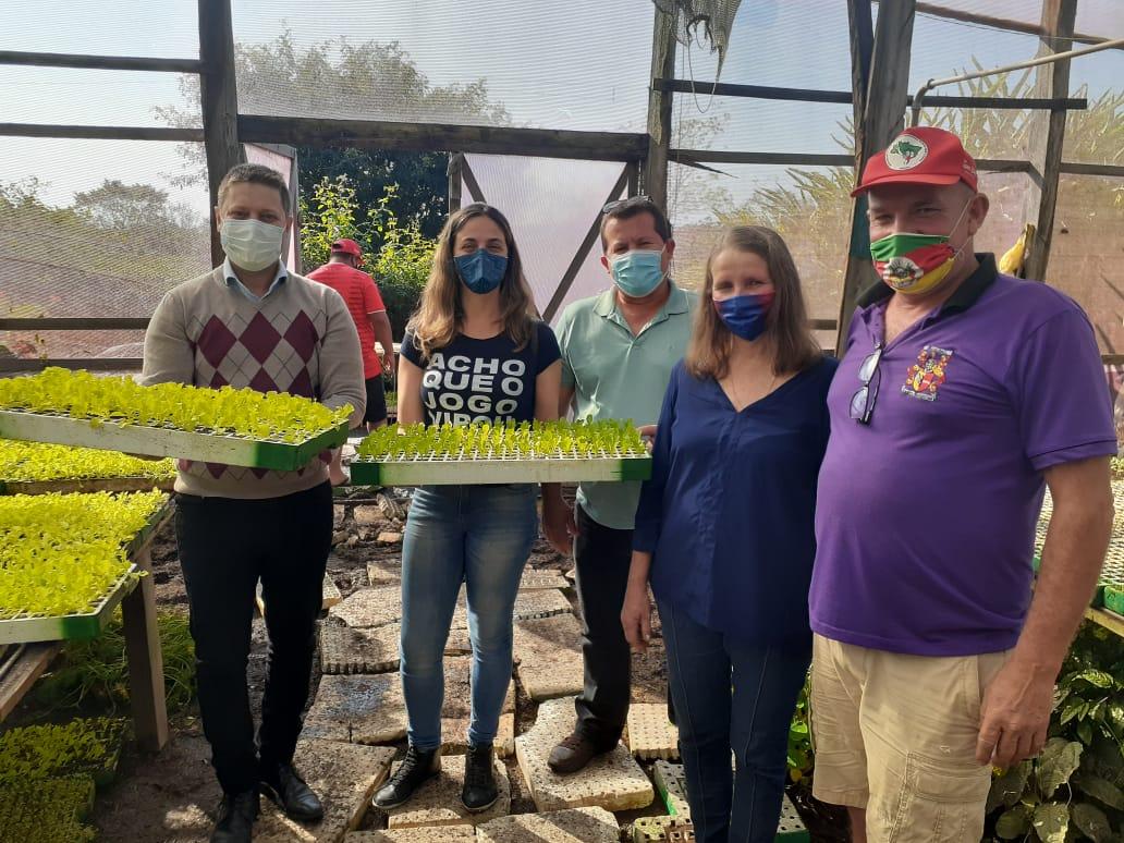 Deputada Fernanda Melchionna visita famílias assentadas em Nova Santa Rita