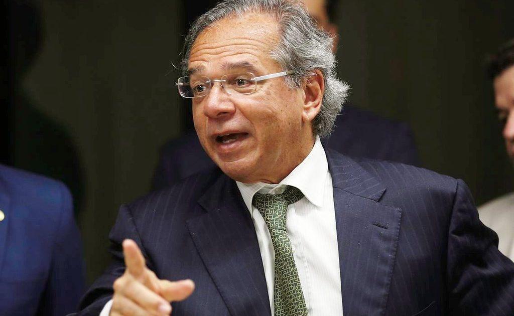 Paulo Guedes tem que cair: PSOL pede abertura de CPI para investigar empresas do ministro em paraíso fiscal